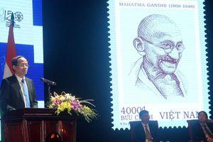 Kỷ niệm 150 năm ngày sinh lãnh tụ Ấn Độ Mahatma Gandhi tại nhà hát VOV