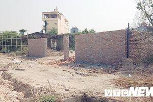 Vạch mặt chiêu trò 'vừa ăn cướp vừa la làng' của các băng nhóm vác dao kiếm đi chiếm đất ở Hải Phòng