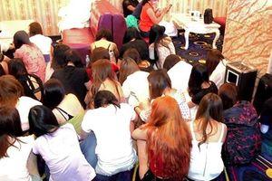 Philippines đột kích quán karaoke, phát hiện 91 gái mại dâm TQ