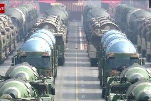 Nhìn lại toàn cảnh Lễ diễu binh 70 năm Quốc khánh Trung Quốc trong... 50 giây