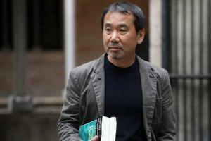 Nhà thơ nữ Anne Carson vượt Haruki Murakami về tỷ lệ cá cược giải Nobel Văn học 2019