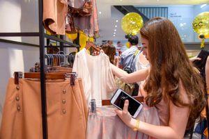 Lo ngại thời trang ngoại 'đổ bộ': Doanh nghiệp Việt tìm hướng ứng phó