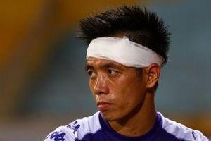 'Cay đắng' rời AFC Cup, thủ quân Hà Nội tiếp tục nhận thêm tin 'cực sốc'