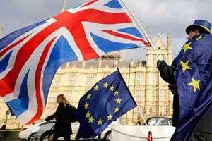 Brexit: Thủ tướng Boris Johnson tuyên bố không từ chức
