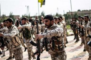 Hàng chục xe vũ khí của Mỹ tiến vào Syria