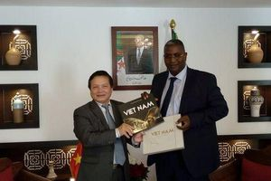 Thúc đẩy hợp tác du lịch và nghề thủ công Việt Nam - Algeria