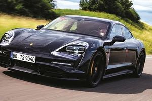 Porsche: Nhỏ nhưng có võ