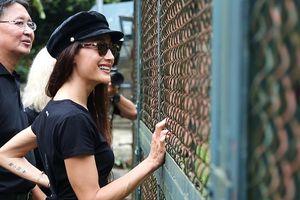 Ngôi sao Hollywood Maggie Q đến Việt Nam đặt tên cho một chú gấu