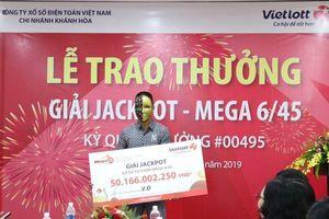 Vé trúng Vietlott 80 tỷ 'nổ' ở Nghệ An, chủ nhân trúng 50 tỷ ở Đà Nẵng đã nhận thưởng