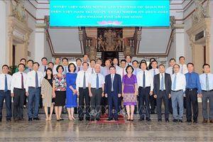 Lãnh đạo TP Hồ Chí Minh tiếp 21 Trưởng cơ quan đại diện Việt Nam ở nước ngoài