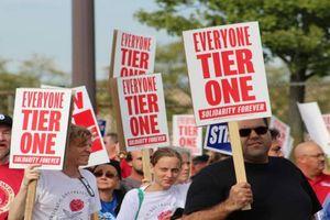 General Motors cho 6.000 công nhân tạm nghỉ việc vì đình công