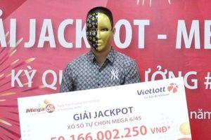 Chơi Vietlott 3 năm, nam thanh niên trúng số 50 tỷ đồng