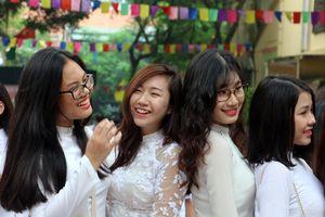 Đề thi học sinh giỏi môn Ngữ văn tại Hà Nội: Đề cao sự giao thoa giữa lý trí và cảm xúc