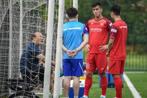 Truyền thông khu vực thú vị với bảng danh sách 25 tuyển thủ của HLV Park Hang-seo