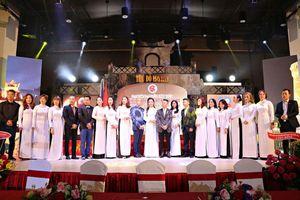 Nâng tầm hoạt động văn hóa, nghệ thuật Việt Nam tại CH Séc