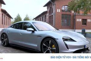 Khả năng tăng tốc ấn tượng của Porsche Taycan Turbo S