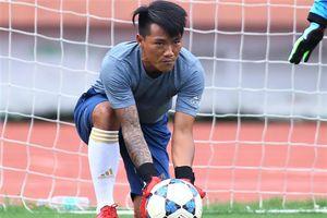 Cựu tiền đạo Quang Hải làm huấn luyện viên thủ môn để lấy bằng C