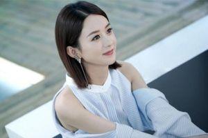 Ai sẽ là người nên duyên với Triệu Lệ Dĩnh trong phim mới của Trịnh Hiểu Long - 'Không được vãng sinh'?