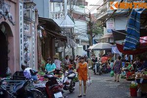 Ngắm cảnh chợ quê độc đáo ở trung tâm Hà Nội