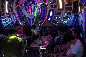 Quảng Nam: Đột kích quán karaoke, phát hiện 34 thanh niên dương tính ma túy