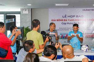 Ông Ba Ram tổ chức giải 'Vang bóng một thời'