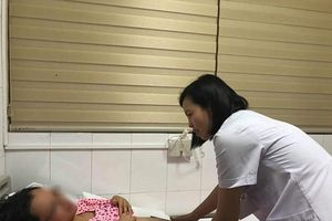 Hy hữu ca phẫu thuật cho thai nhi ngay buồng ối trong bụng mẹ
