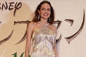 Angelina Jolie thần thái ngút ngàn khi xuất hiện, đẹp nao lòng