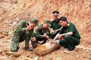 Quảng Ninh: Phát hiện quả bom còn nguyên ngòi nổ nặng hơn 113 kg