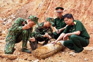 Quảng Ninh: Phát hiện quả bom còn nguyên ngòi nổ