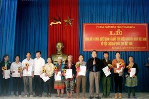 51 người Lào tại Thanh Hóa được nhập quốc tịch Việt Nam