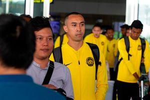 ĐT Malaysia đến Hà Nội, sẵn sàng đọ sức ĐT Việt Nam
