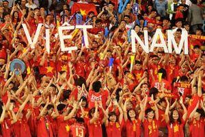 Trước trận đại chiến với Malaysia, CĐV tuyển Việt Nam có hành động 'siêu đẹp'