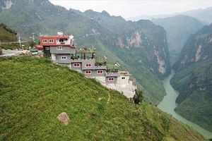 Vụ tòa nhà 7 tầng mọc trên đỉnh Mã Pì Lèng: Hà Giang báo cáo Thủ tướng Chính phủ