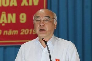 TP.HCM: Cử tri quận 9 đề nghị TP xem xét tư cách đại biểu HĐND của ông Tất Thành Cang