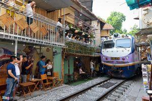 Tranh luận dẹp bỏ cà phê đường tàu là kìm hãm phát triển du lịch?