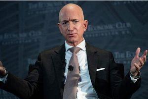 Các tỷ phú Mỹ sẽ 'nghèo' ra sao nếu có thuế tài sản?