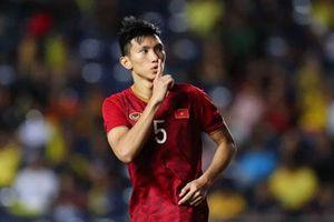 Lộ diện người đá chính thay Văn Hậu ở trận Việt Nam vs Malaysia?