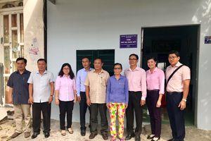 An Giang: Bàn giao 15 nhà đại đoàn kết cho hộ nghèo xã Bình Phước Xuân