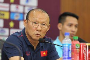Ông Park có tin Công Phượng và Văn Hậu ở đại chiến Malaysia?