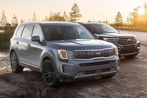 Kia Telluride 2020 đấu với Ford Explorer 2020 - bại binh phục hận