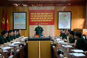 Trung tướng Phùng Sĩ Tấn thăm, kiểm tra tại Quân khu 5