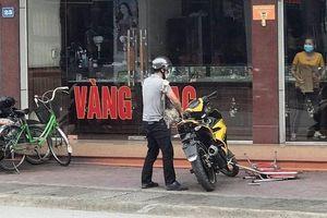 Bắt đối tượng dùng súng cướp tiệm vàng ở Quảng Ninh