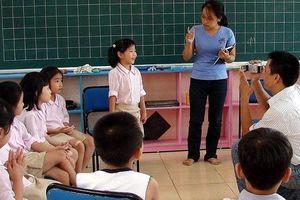 Tranh luận về sách Công nghệ giáo dục: Đừng vội vã 'đập bỏ' cái hiện hành