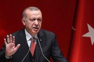 Thổ Nhĩ Kỳ bắt đầu chiến dịch chống người Kurd tại Syria