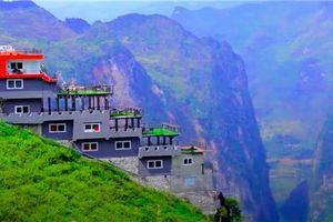 'Gai bê tông' trên đèo Mã Pì Lèng: Đừng để du lịch thành kẻ thù của du lịch