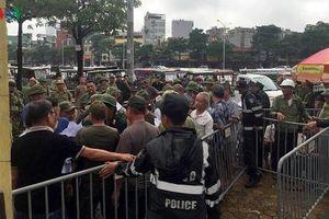 'Thương binh' gây náo loạn trước trụ sở VFF, đòi vé trận Việt Nam-Malaysia