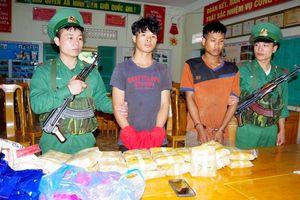 Bắt giữ vụ vận chuyển ma túy lớn trên tuyến biên giới Quảng Bình