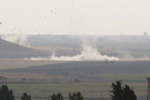 Thổ Nhĩ Kỳ triển khai bộ binh vào Syria, ông Trump lại dọa 'phá hủy'
