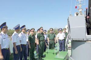 Bộ Quốc phòng thăm, kiểm tra tại Bộ tư lệnh Vùng Cảnh sát biển 2