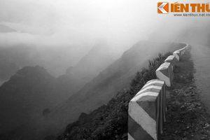 Bí ẩn 10 cỗ quan tài trên đỉnh Mã Pì Lèng huyền thoại